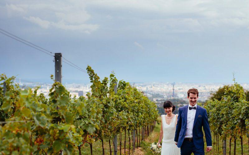Sommerlich entspannte Hochzeit in den Wiener Weinbergen