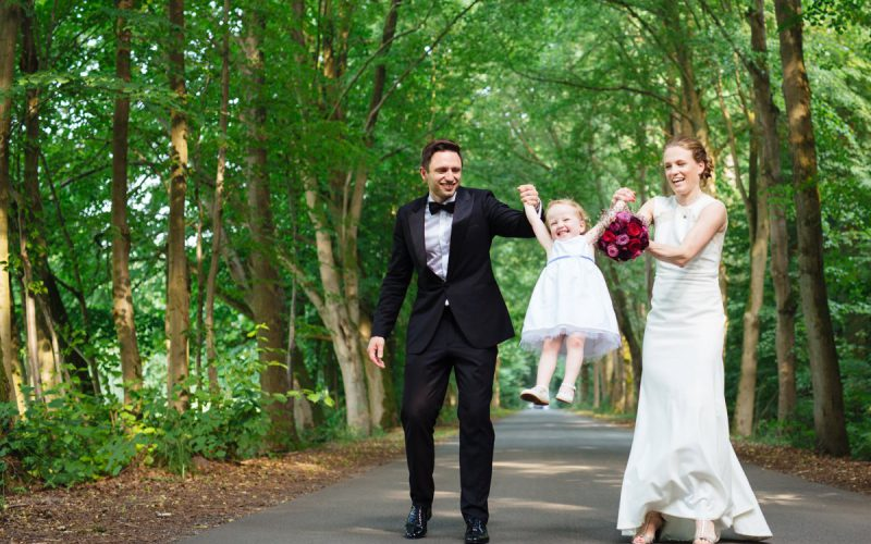 Outdoor family wedding