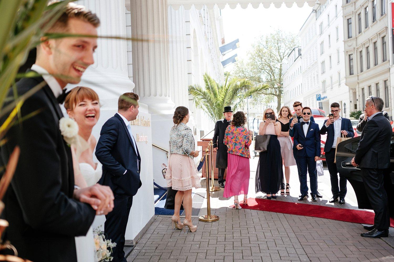 Urbane entspannte Hochzeit 15