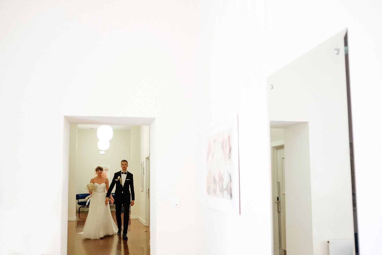 Urbane entspannte Hochzeit 23