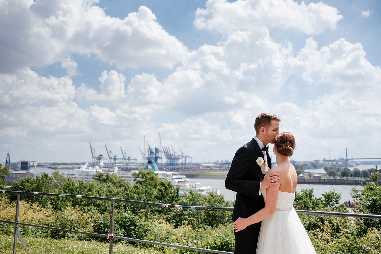 Urbane entspannte Hochzeit 39