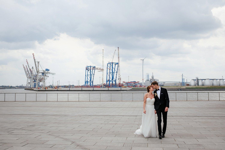Urbane entspannte Hochzeit 49