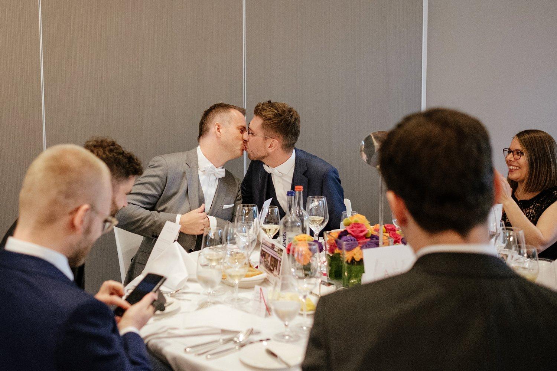 Hochzeitsfotograf gleichgeschlechtliche Hochzeit 53