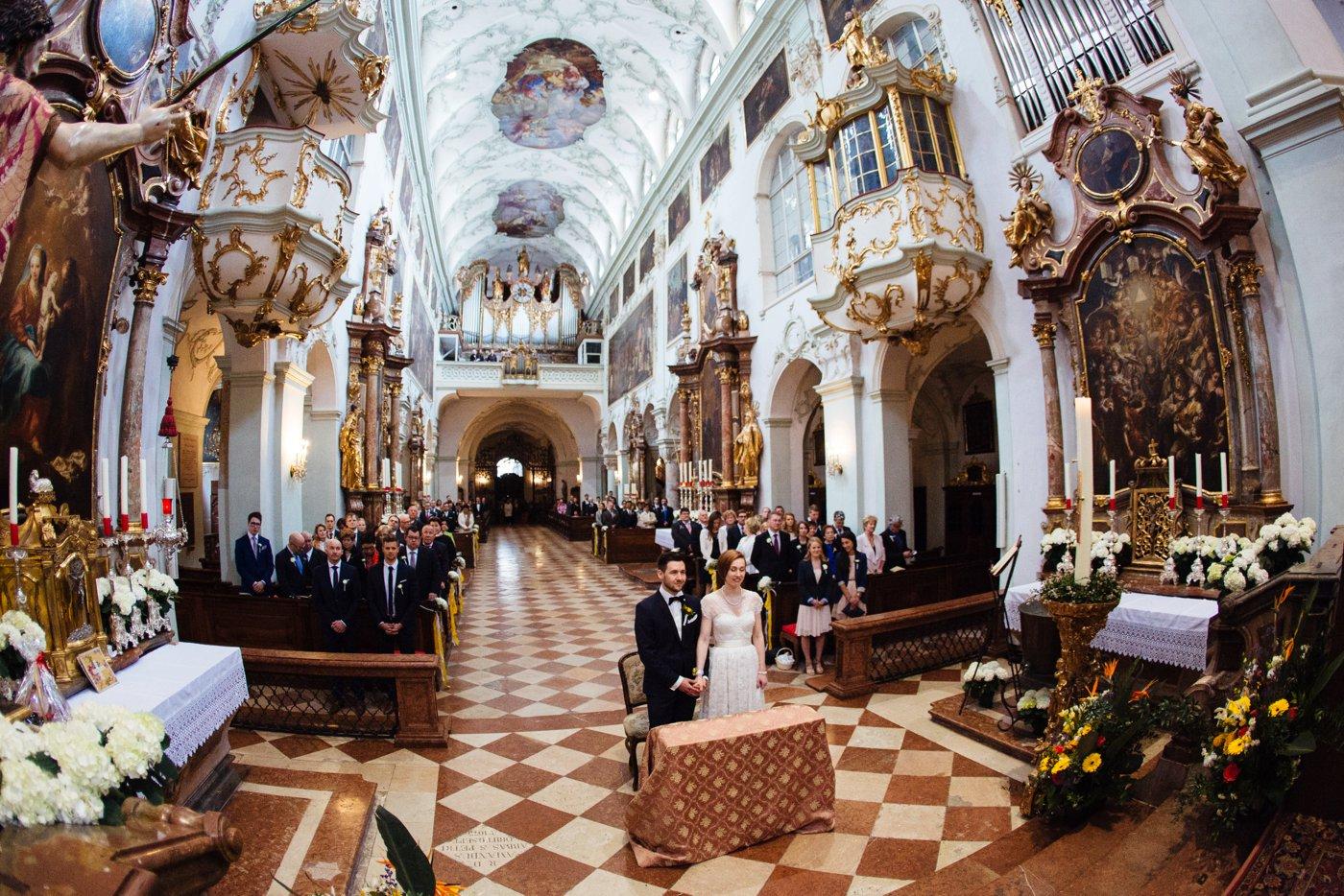 Hochzeit Stiftskirche Sankt Peter Salzburg 33