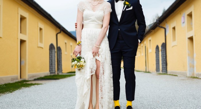 Hochzeit in sonnengelb in Salzburg